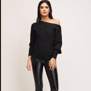 ✨3 for $30✨Aubrie Off-the-shoulder sweater
